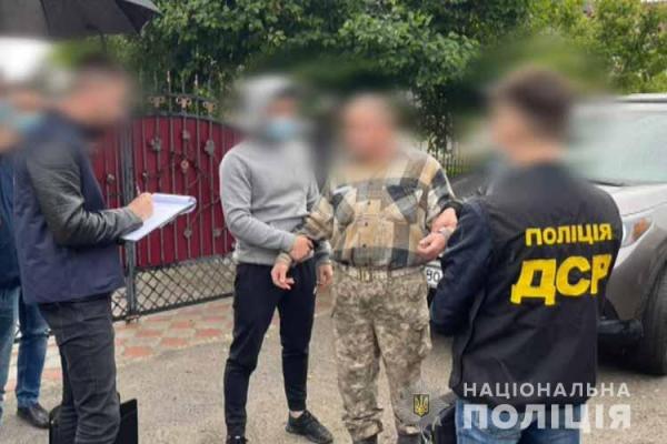 Вимагав хабаря: на Тернопільщині затримали заступника комісара районного військкомату