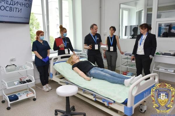 У Тернополі відкрили симуляційні кімнати для навчання сімейних лікарів