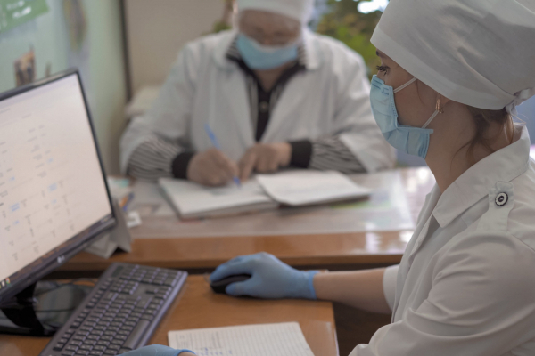 В Україні запрацював сервіс «електронні лікарняні»