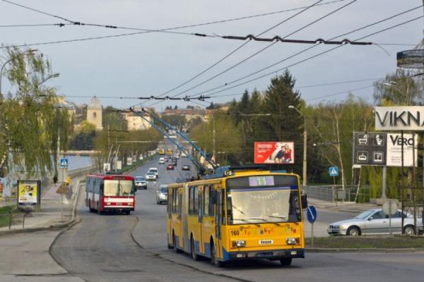 У зв'язку з ремонтом дороги тролейбуси не курсуватимуть через Збаразьке кільце