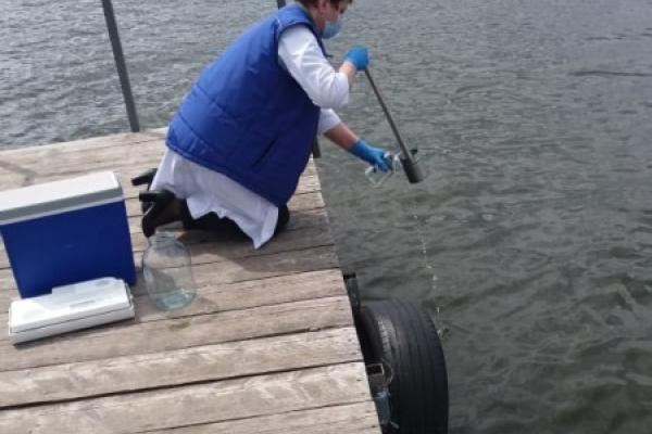 Фахівці перевірили воду у Тернопільському ставі: результати дослідження
