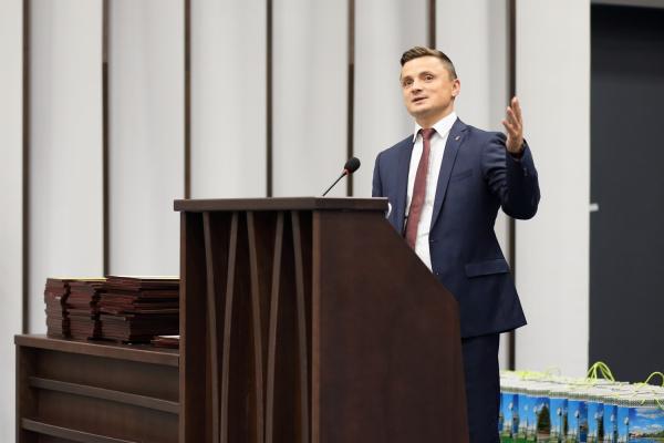 «Ви – творці сьогодення», – Михайло Головко привітав учасників форуму «Активна молодь»