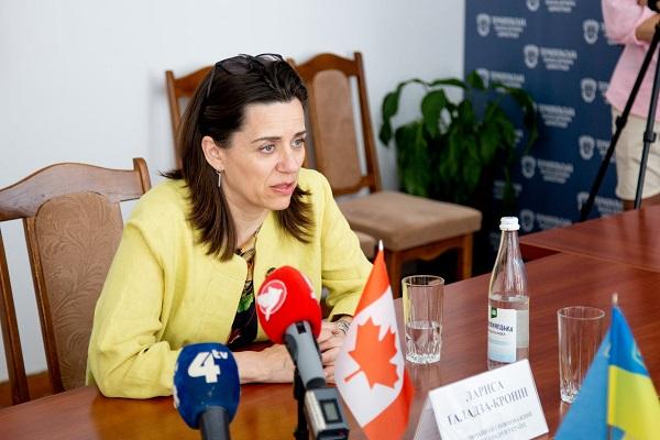На Тернопільщині зустріли Повноважного Посла Канади в Україні