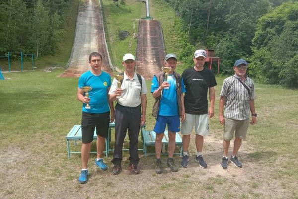 На Тернопільщині завершився чемпіонат України зі стрибків на лижах з трампліна