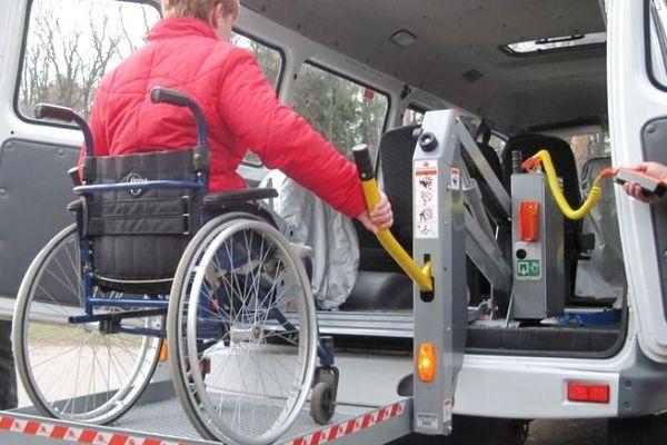 23 людей перевезло соціальне таксі у Чортківській громаді за пів року
