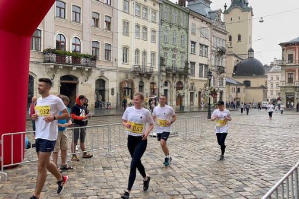 Команда Креатор-Буд взяла участь у спортивному забігу «Архітектурна миля»у Львові