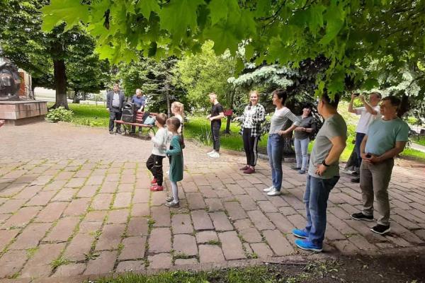 Жителів Бережан запрошують на уроки сальси посеред міста