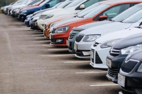Увага водіїв! У Тернополі можна буде припаркувати автомобіль на вул. Білецька, 1