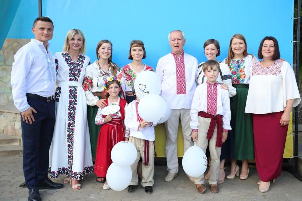 Родинне свято зібрало на Співочому полі у неділю тисячі тернополян