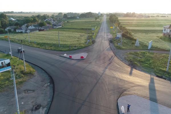 На Тернопільщині продовжують ремонтувати дорогу Н-18