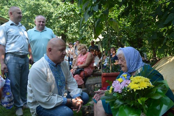 Жителька Тернопільщини Ольга Іщук відзначили своє 100-річчя
