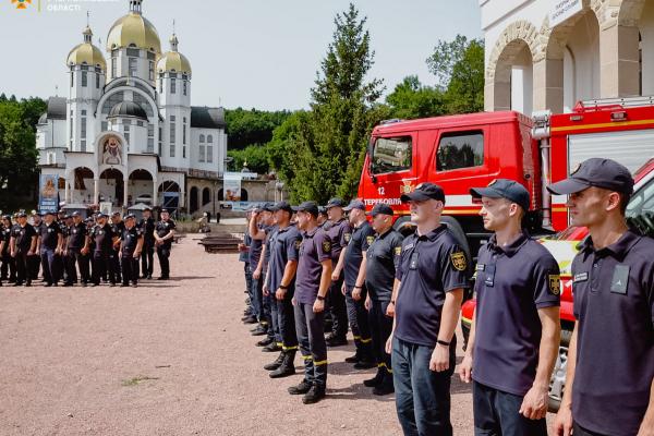 Загальнонаціональна проща до Зарваниці: рятувальники розгорнули мобільно-оперативний штаб