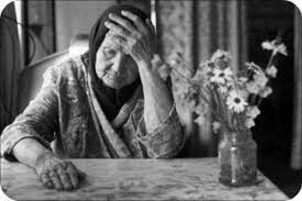 Двері були відчинені, — на Тернопіллі негідник викрав у 86-річної бабусі 4500 гривень