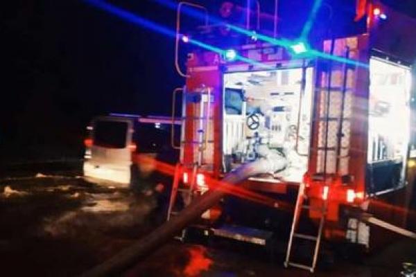 У Тернополі рятувальники відкачують воду  із житлових будинків