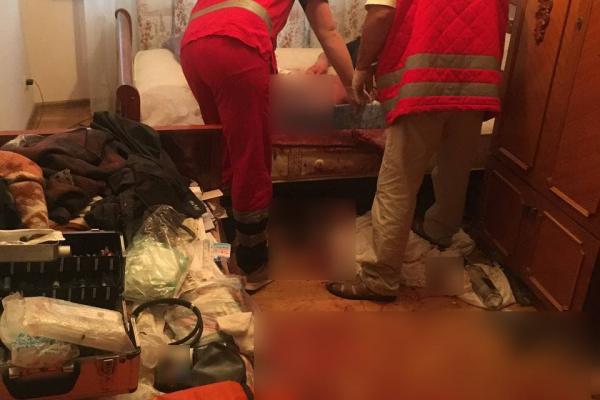 Благав про допомогу: у Тернополі шпиталізували 60-річного чоловіка