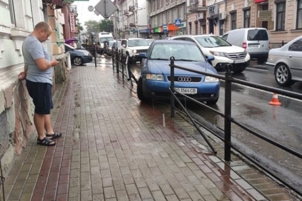 ДТП: у центрі Тернополя утворилися затори