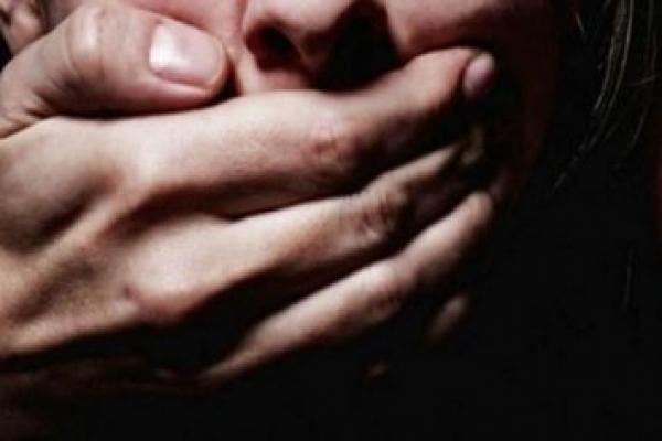 На Тернопільщині зґвалтували 13-річну дівчинку: неповнолітня знаходиться у реанімації