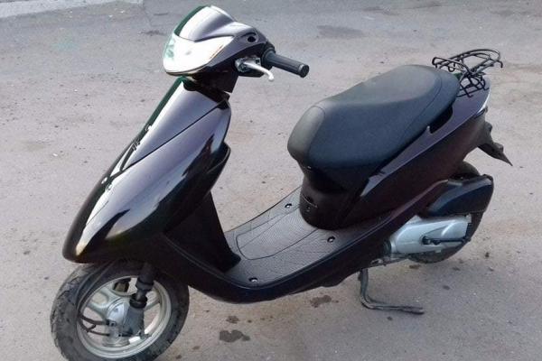 Неподалік Тернополя 18-річний молодик посварився зі знайомим і викрав з подвір'я його скутер