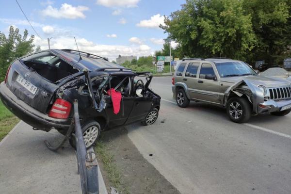 У Тернополі ДТП: одного із водіїв шпиталізували