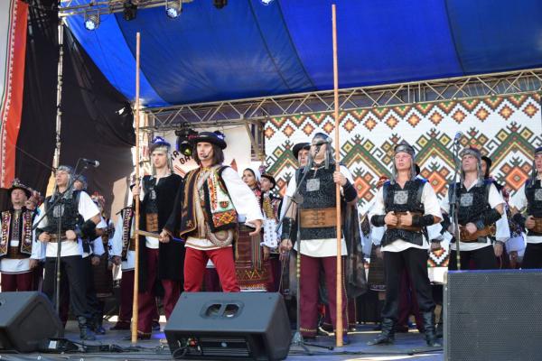 «Татарівську ватру» запалено! «АТБ» допомогла провести один із головних етнофестивалів Прикарпаття