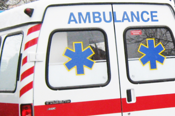 У Тернополі 52-річний чоловік випав із 3 поверху