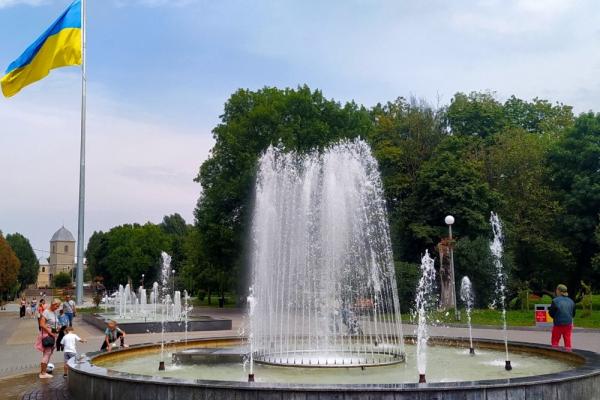 До Дня міста: у Тернополі відремонтували фонтани