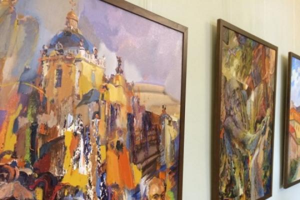 На Тернопільщині відкрили унікальну виставку картин про Пінзеля