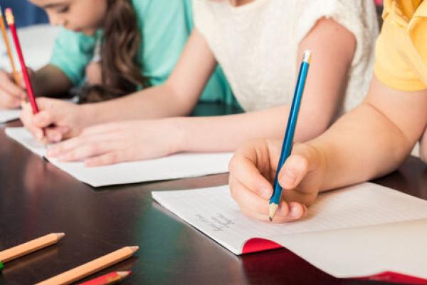 Для підготовки дітей до школи: у Тернополі багатодітним сім'ям виплатили одноразову грошову допомогу