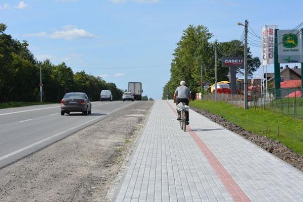 З'єднуємо Тернопіль та Смиківці тротуаром і велодоріжкою