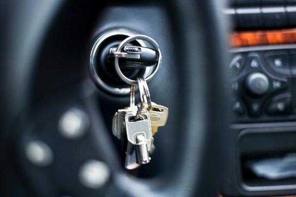 У Тернополі автівку викрали прямо з мийки
