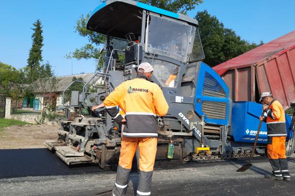 Спеціалісти «БМБУД» продовжують працювати на дорогах Тернопільщини та Івано-Франківської області