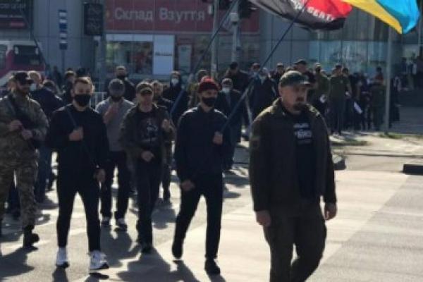 «Правий Сектор» влаштує бойкот мережі заправок «БРСМ-нафта» через фінансування московського патріархату та партії Шарія