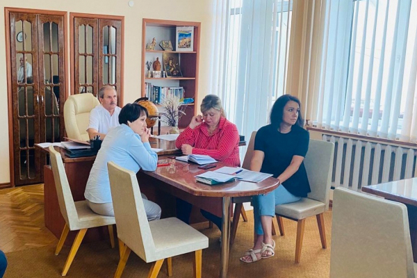 Врятувати громаду: «слуги» беруть під свій контроль громаду на Тернопільщині