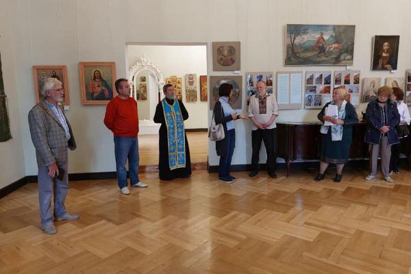 «Малярство та реставрація»: на Тернопільщині відкрили унікальну виставку