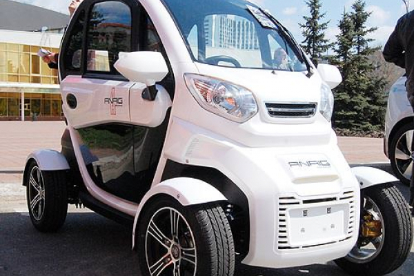 Уже завтра у Тернопільських парках з'являться інспектори на електромобілях