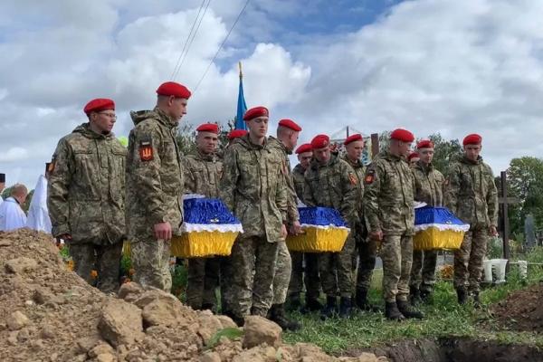 На Тернопільщині перепоховали трьох воїнів УПА