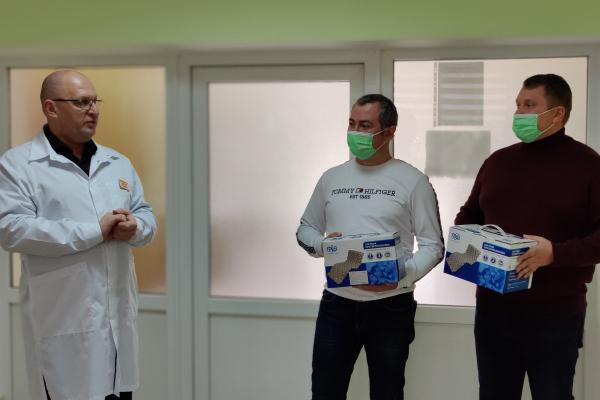 Депутати Тернопільської районної ради від Європейської Солідарності передали протипролежневі матраци для міської дитячої лікарні Тернополя