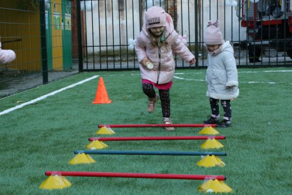 У Тернополі відкрили ще один універсальний спортмайданчик