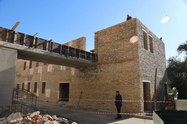 У Тернопільській університетській лікарні триває будівництво нового приймального відділення