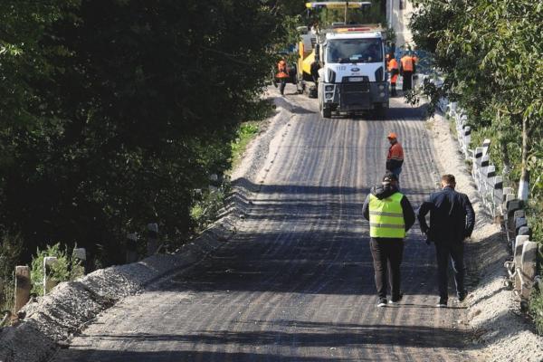 Одну з найгірших ділянок дороги у Бучацькій громаді відремонтували