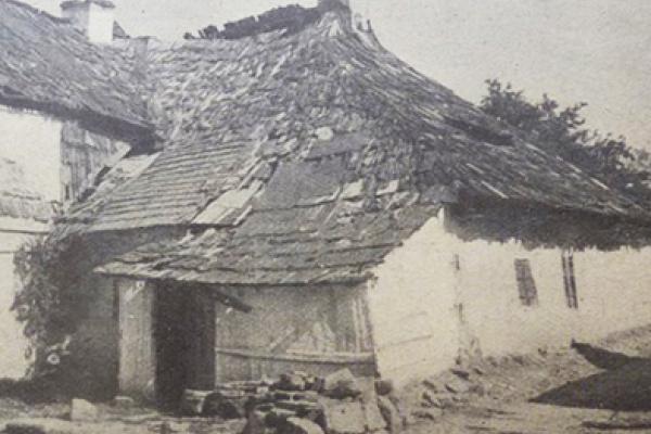 Фото найстарішого будинку в Заліщиках