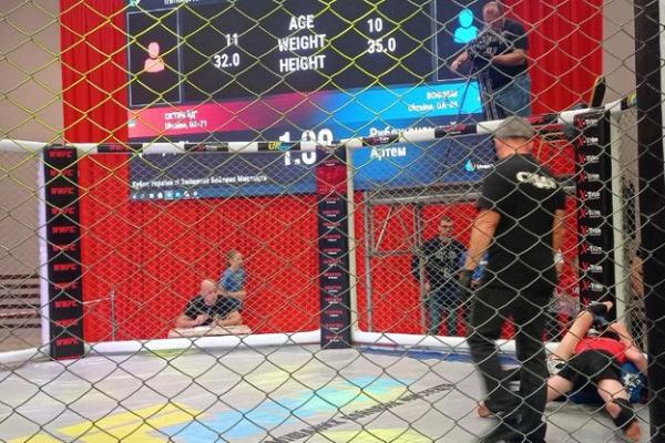 У Тернополі розпочалися змагання зі змішаних єдиноборств
