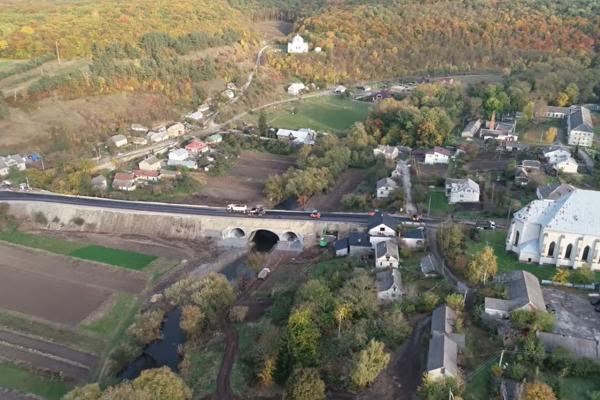 Міст у Струсові планують відкрити до кінця жовтня