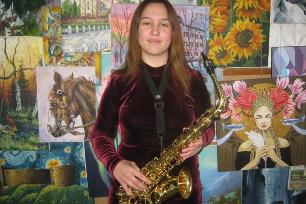 Про дівчину з Тернопілля, яка закохалася в … саксофон