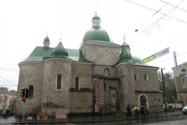 В УАПЦ віддають на поталу найромантичніший замок Тернопільщини щоб уникнути скандалу