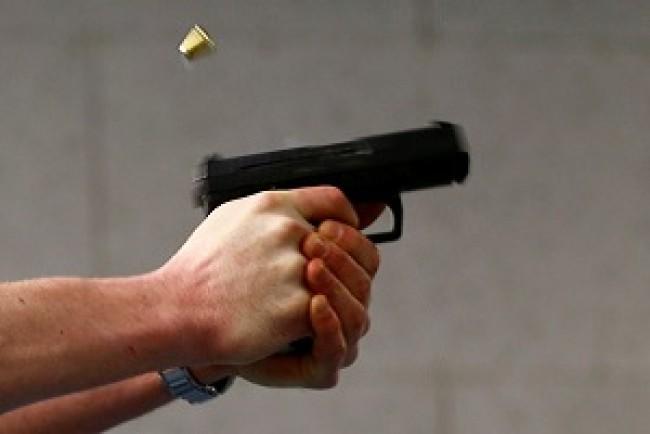 На Тернопільщині чоловік застрелив собаку на очах у дітей