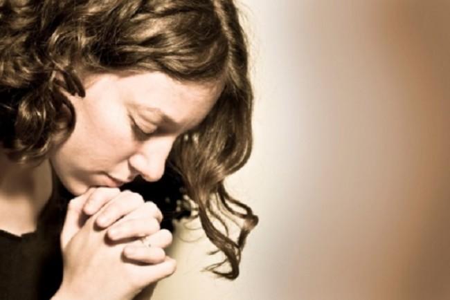 Серце приклоніть у молитві