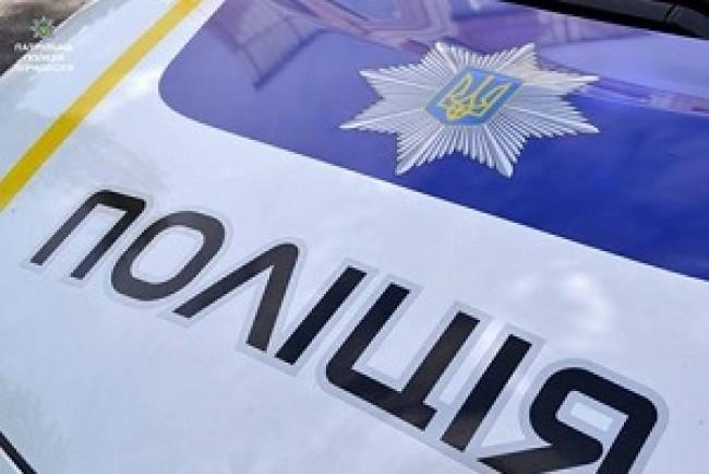 Патрульні виявили вантажний автомобіль, що перебував у розшуку за причетність до ДТП
