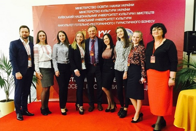 Тернопільський підприємець представив напрямок культурної дипломатії у Києві