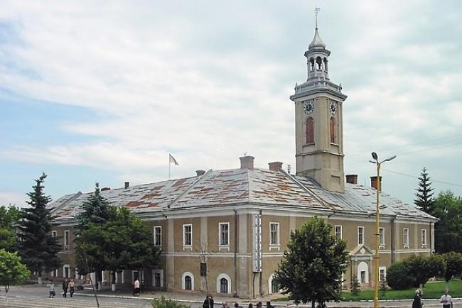 Старовинний годинник з ратуші Бережан отримає нове життя